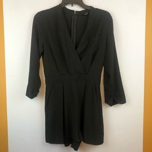 TopShop Black Long Sleeve Romper Size 4